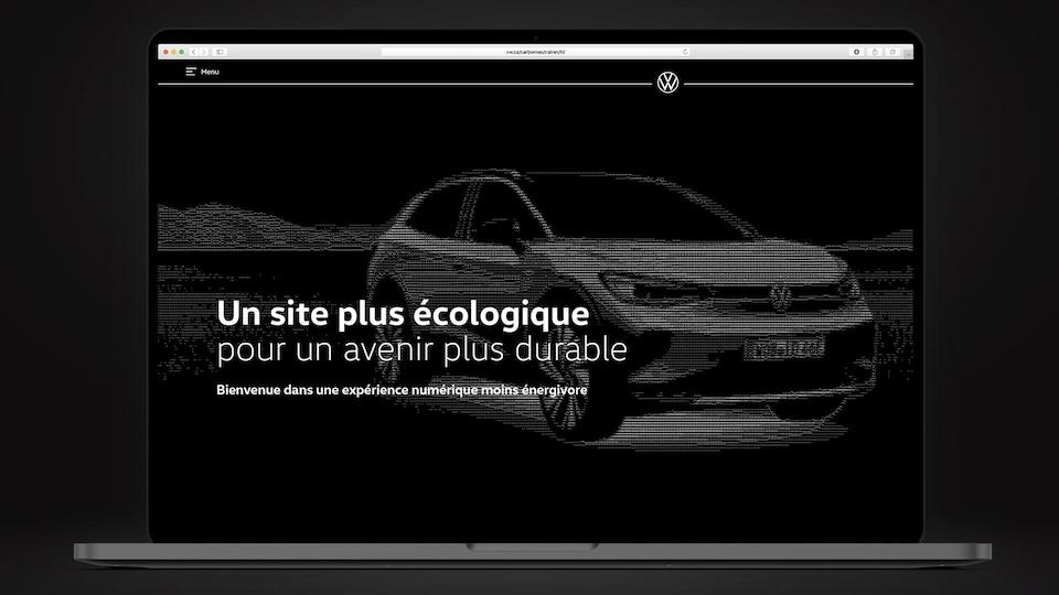 Le site web carboneutre de Volkswagen Canada sur lequel on peut faire une image en noir et blanc composée entièrement de petits caractères.