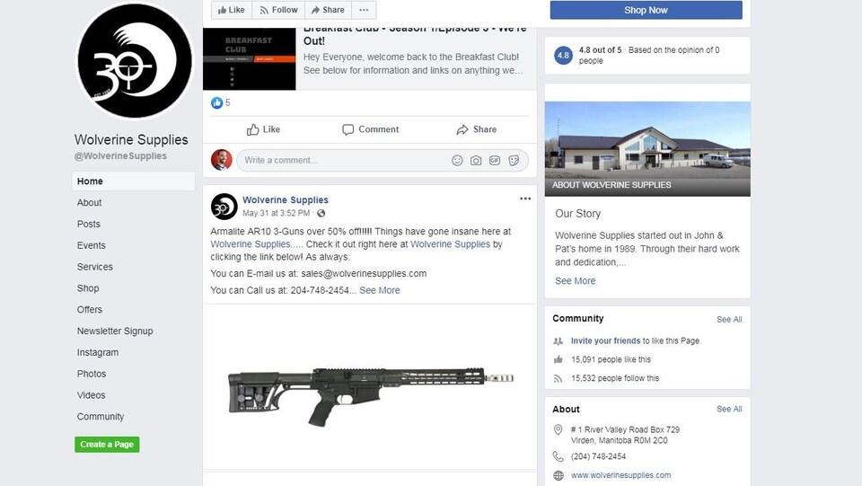 La page Facebook d'un magasin d'arme annonçant des soldes sur une carabine semi-automatique.