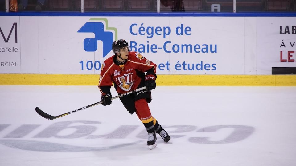 Le défenseur Xavier Bouchard est un porte-couleurs du Drakkar de Baie-Comeau
