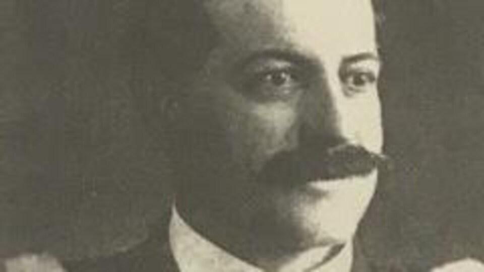 Portrait d'archives de Paul-Émile Mercier.