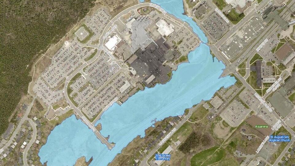 Un plan qui montre la zone inondable où le gouvernement de Terre-Neuve projette de construire un nouvel hôpital.