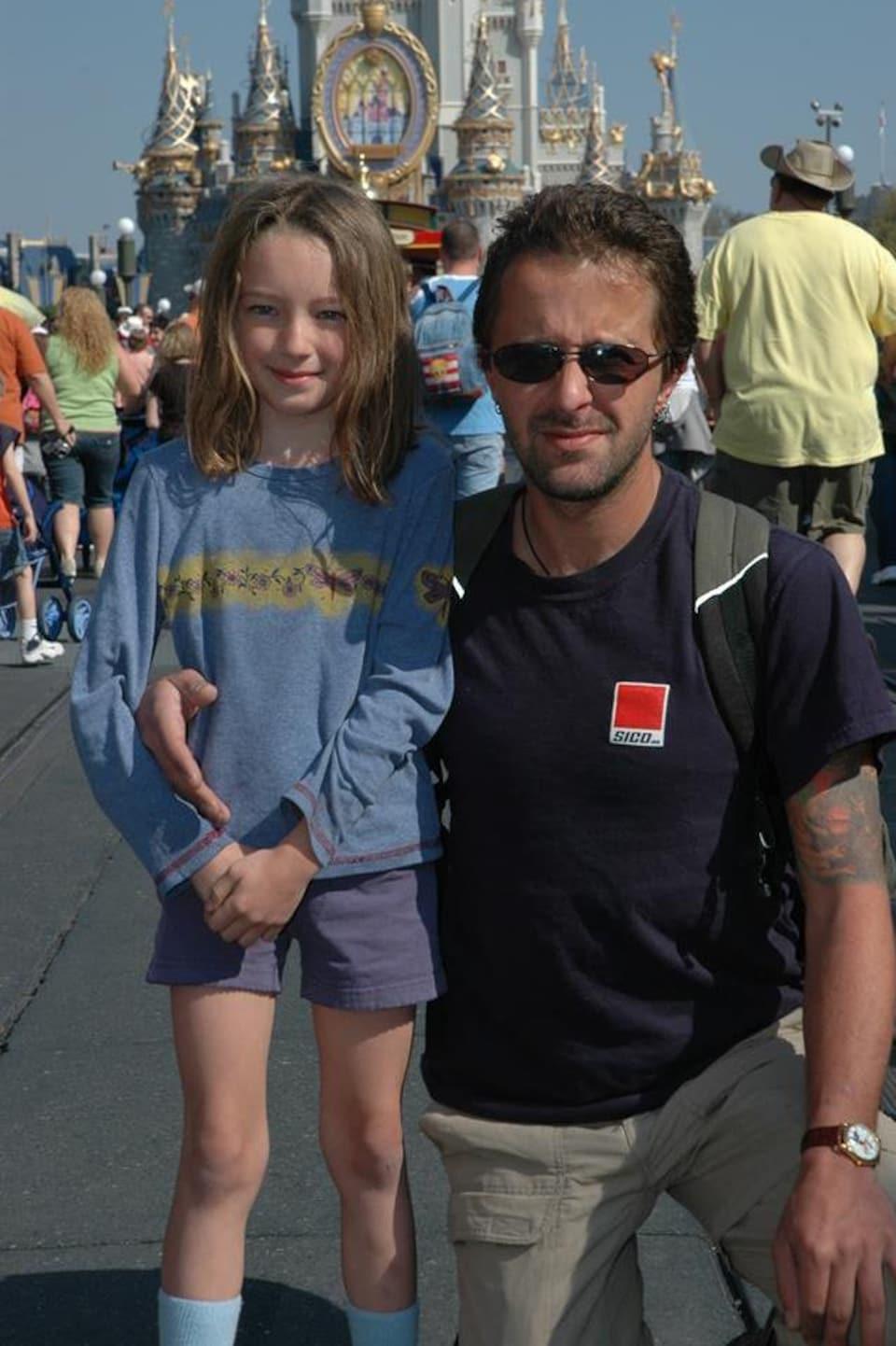 Jonathan Bernier et sa fille Aryanne Bernier lors d'un voyage à Walt Disney World.