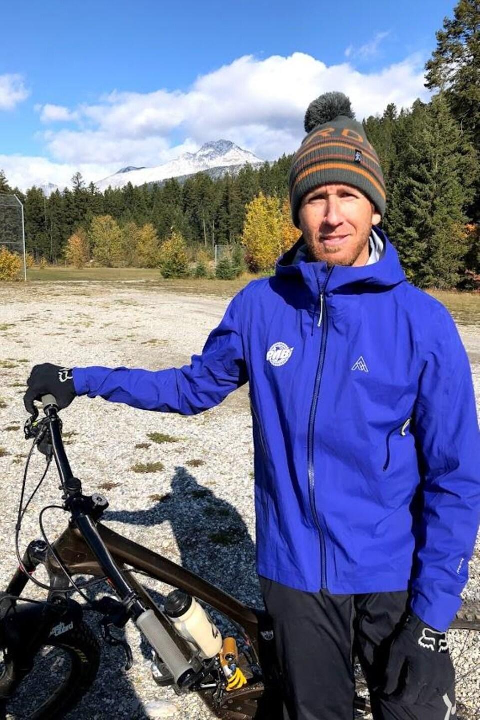 David Gagnon et son vélo.