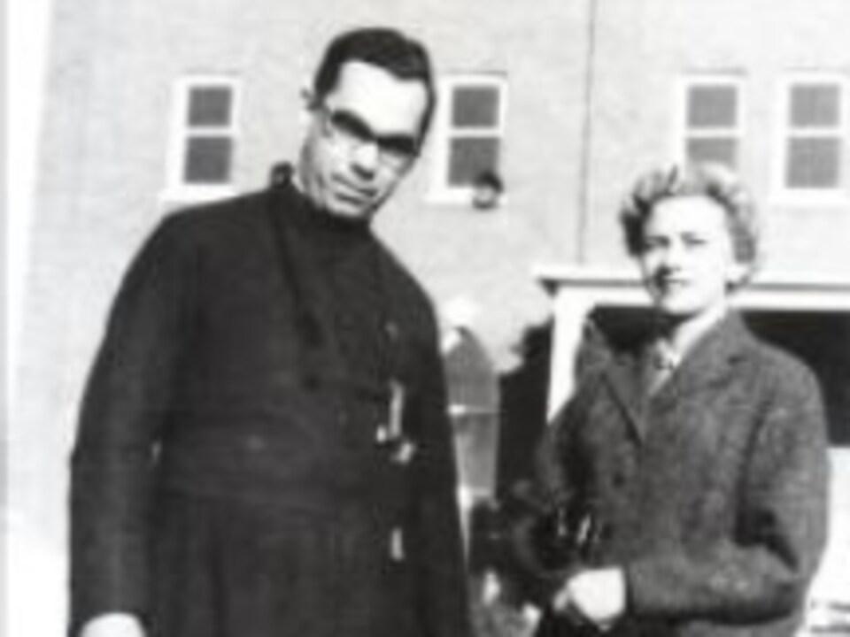 André Mercrure et sa soeur, Lise Mercure