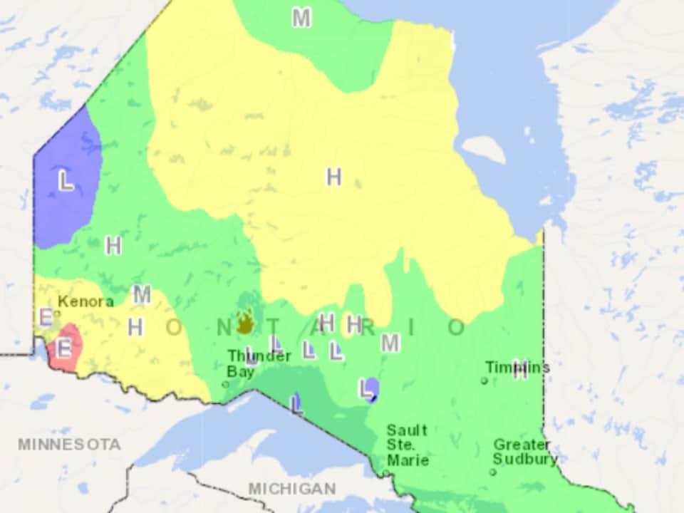 Une carte des risques d'incendie en Ontario.
