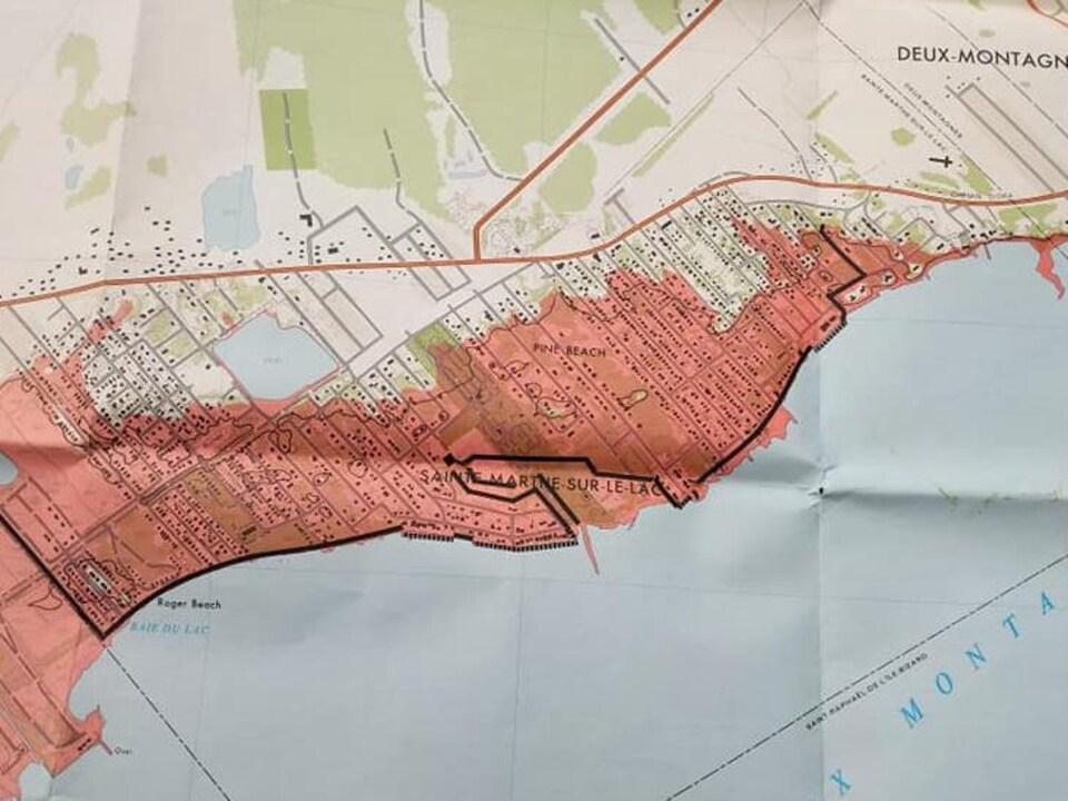 Carte de zone inondable de Sainte-Marthe-sur-le-Lac de 1977, produite par le gouvernement fédéral avant la construction de la digue.