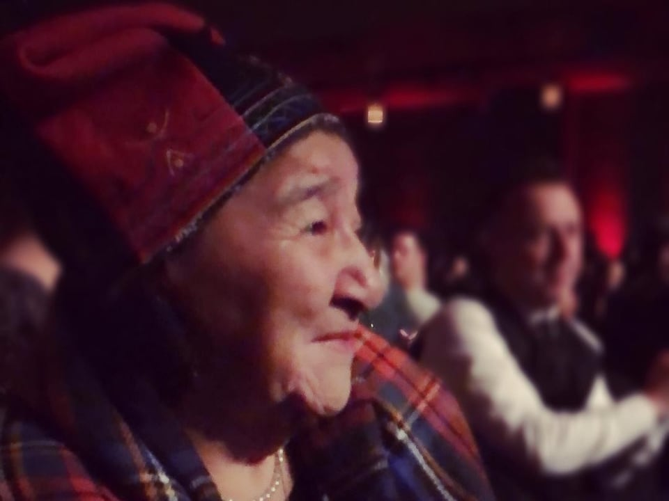 Cécile Bacon est une aînée de Pessamit, une communauté innue de la côte nord du fleuve Saint-Laurent.