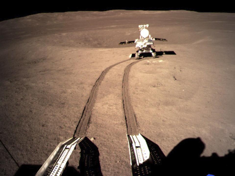 Le robot d'exploration déployé par la sonde lunaire chinoise