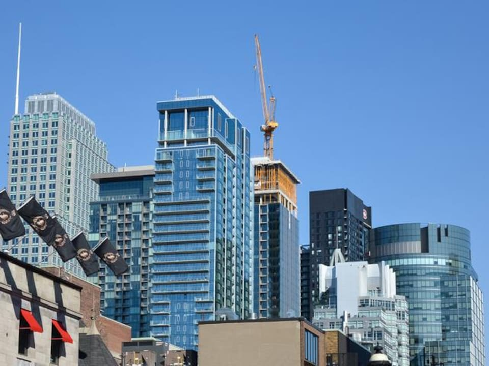 Des immeubles en copropriété au centre-ville de Montréal.