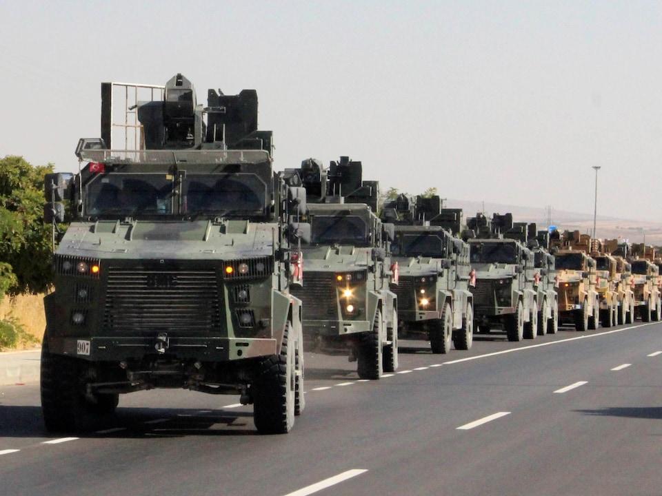 Un convoi militaire turc a été vu à Kilis, près de la frontière turco-syrienne, mercredi.