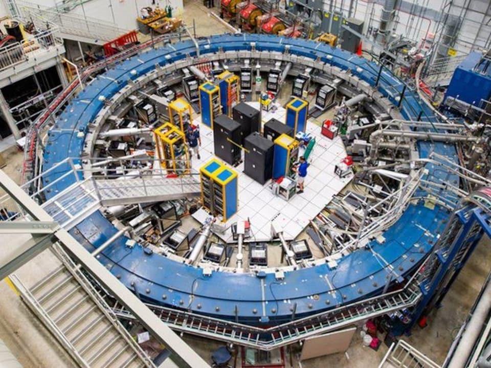 L'anneau de 14 mètres de l'expérience Muon g-2 au Fermilab.