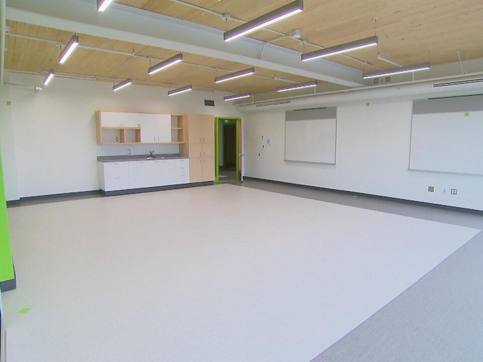 Une nouvelle classe vide.