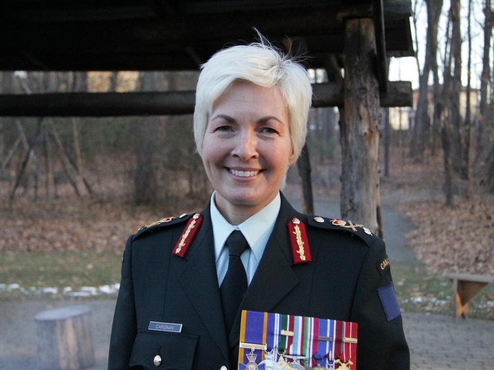 La brigadière-générale Jennie Carignan