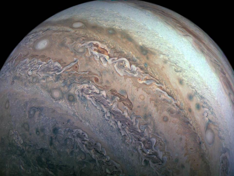 Une image montrant la ceinture tempérée au sud de Jupiter.