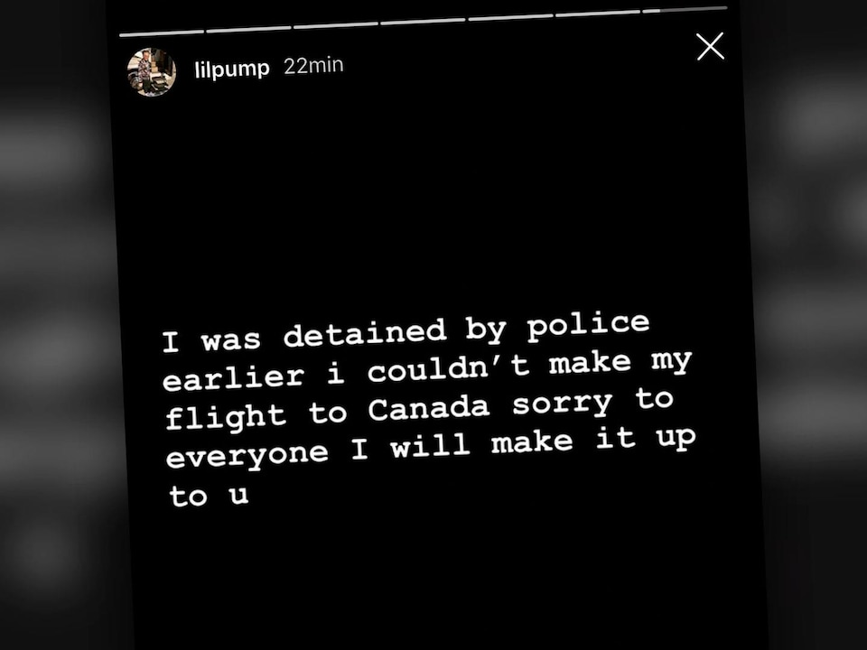 Capture d'écran d'une «story» Instagram où l'on peut lire : « I was detained by police earlier i couldn't make my flight to Canada sorry to everyone I will make it up to u»