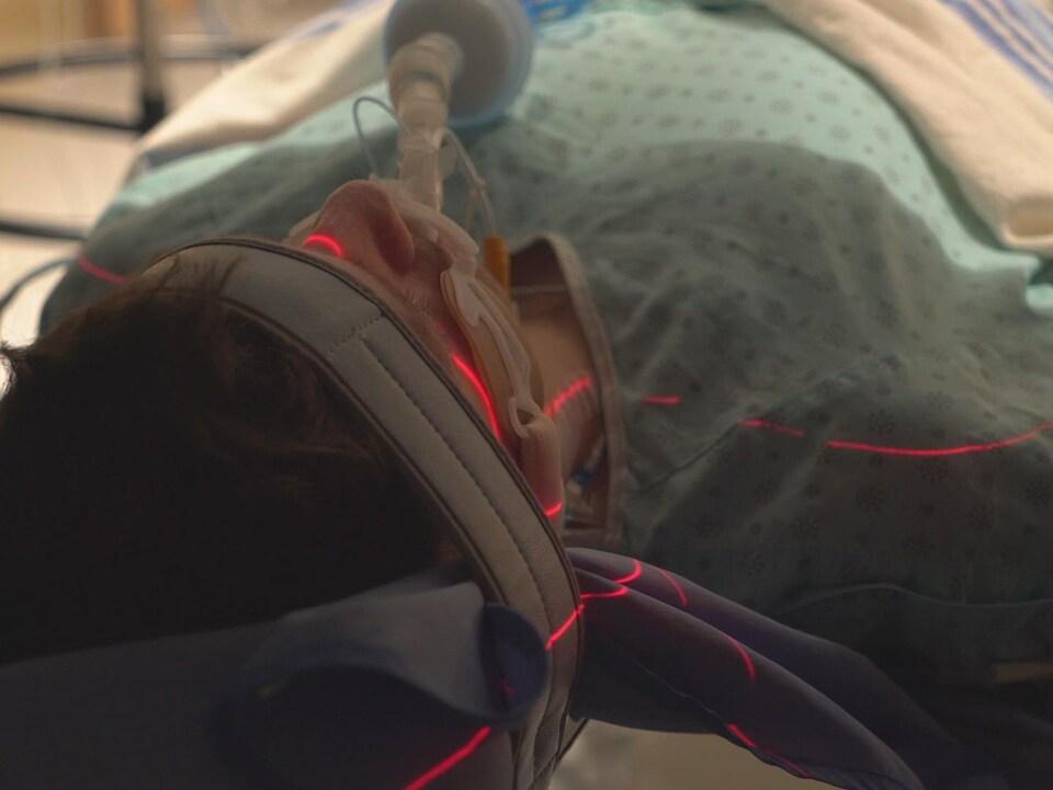 L'imagerie médicale permet d'établir s'il existe une circulation sanguine dans le cerveau.