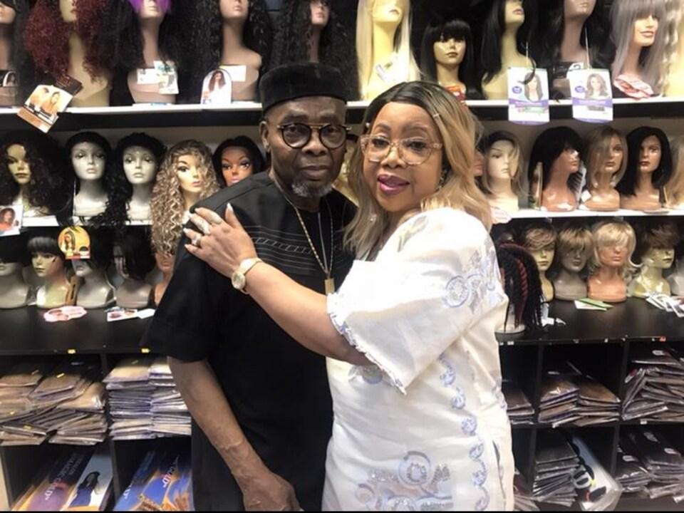 Lola Omoniyi et son mari Isaac Omoniyi.