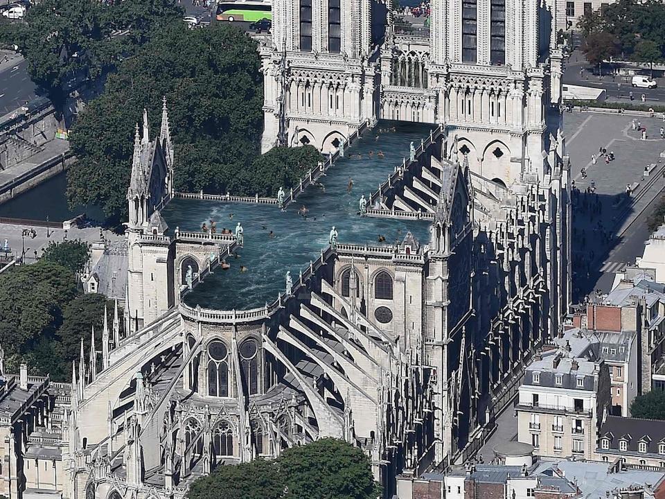 Aperçu du projet de reconstruction de Notre-Dame de Paris, avec une piscine sur le toit.