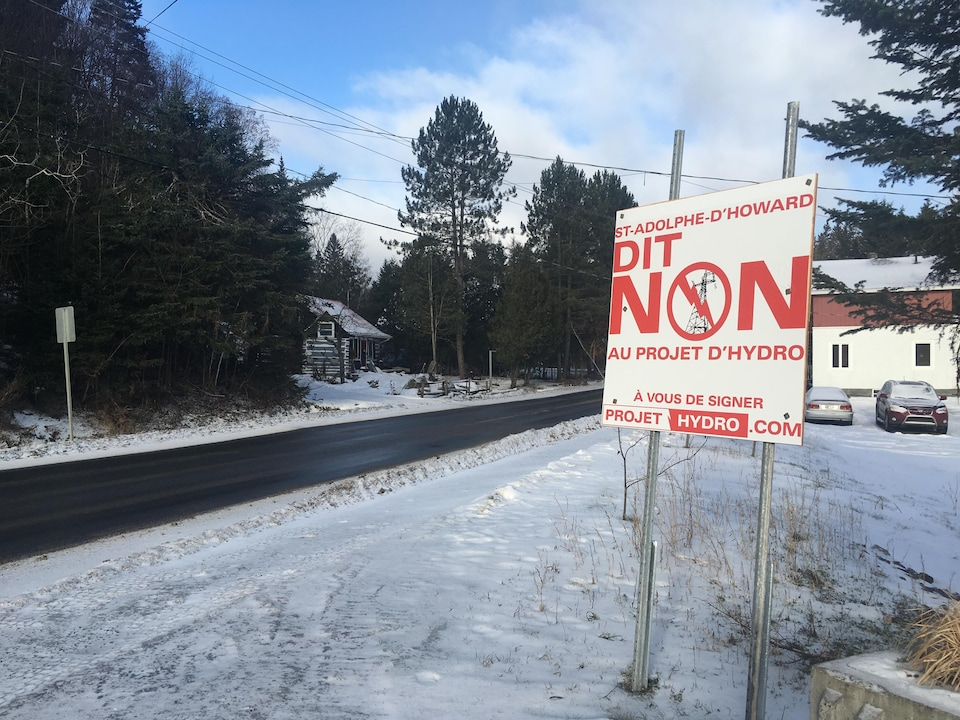 Les citoyens de Saint-Adolphe-d'Howard se sont mobilisés contre le projet d'Hydro-Québec