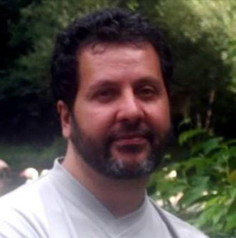 Amor Ftouhi, l'auteur présumé de l'attaque au couteau contre un policier à l'aéroport Flint du Michigan