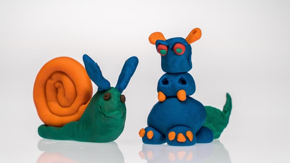 Un escargot et un dragon en pâte à modeler Tutti Frutti