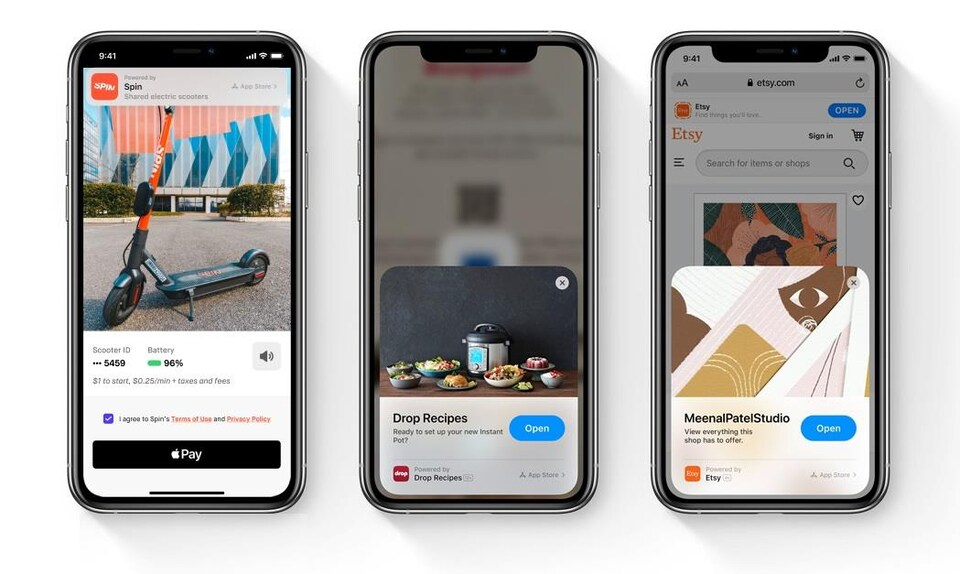 Trois iPhone côte à côte, affichant tous des App Clips.