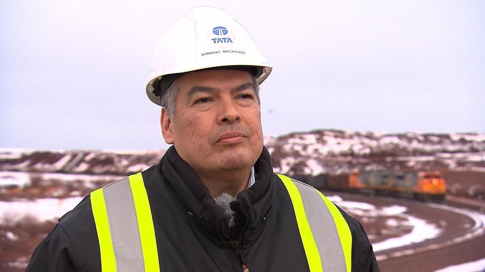 Armand MacKenzie est vice-président affaires intergouvernementales et affaires publiques de Tata Steel.