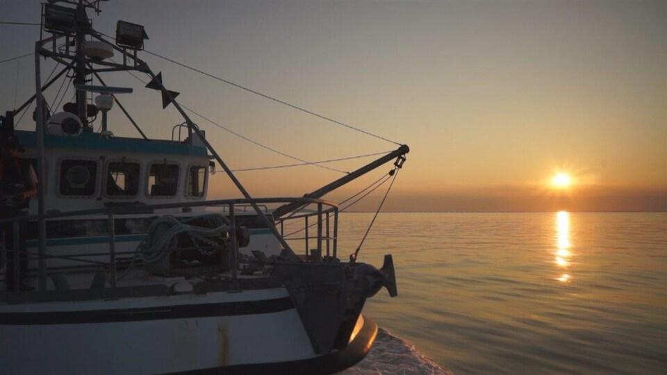 Un bateau de pêche