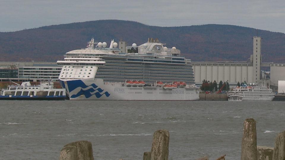 Le Royal Princess au port de Québec