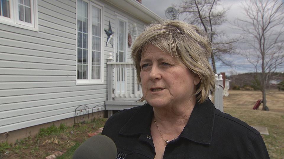 Bernadette Melanson réside à LeBlancville, sur le bord de la route 115.