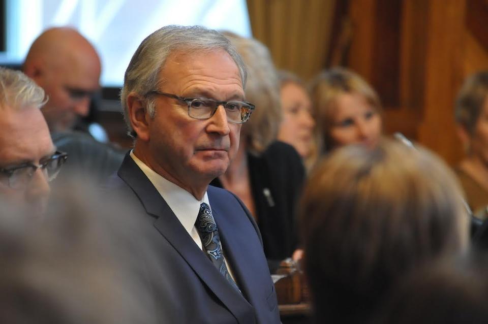 Blaine Higgs dans l'Assemblée législative