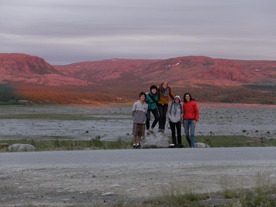 Une équipe de chercheurs chez les Inuits