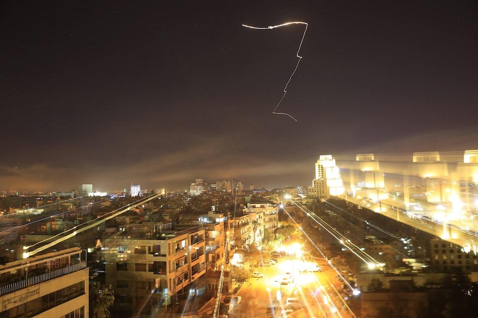 Damas bombardée après l'annonce de frappes américaines