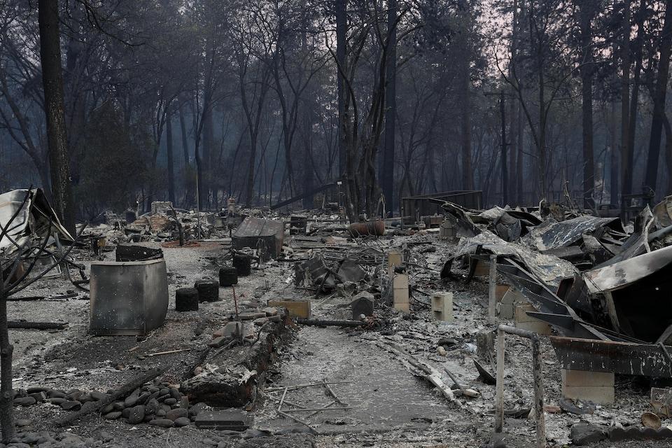 Ruines carbonisées