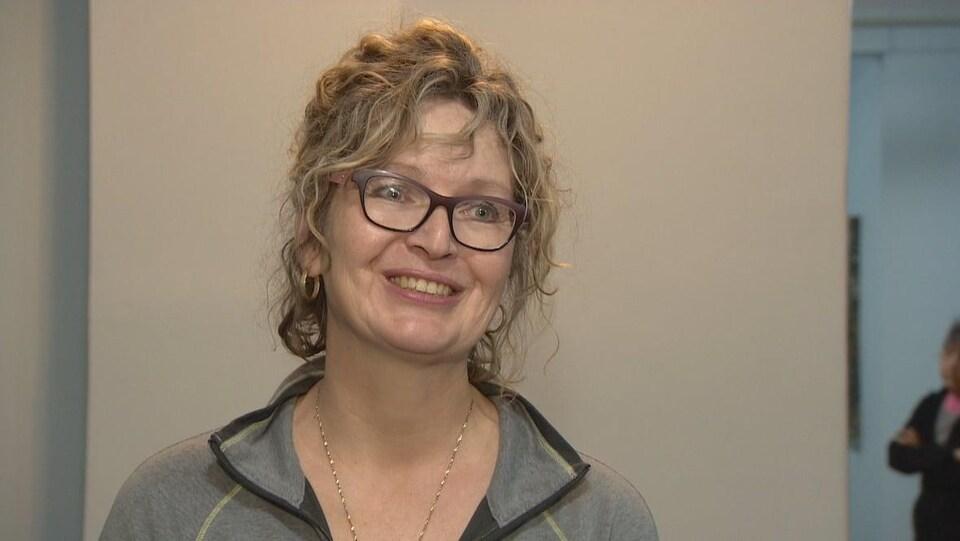 La thérapeute Candace Cox dans son cabinet d'Edmonton.