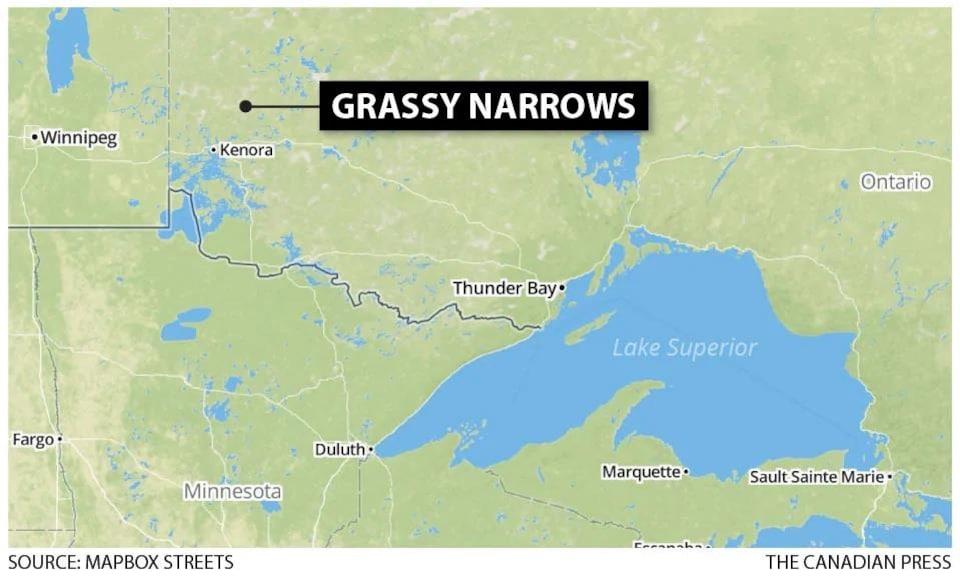 Une carte du Nord-Ouest de l'Ontario indiquant la position de Grassy Narrows, près de Kenora.