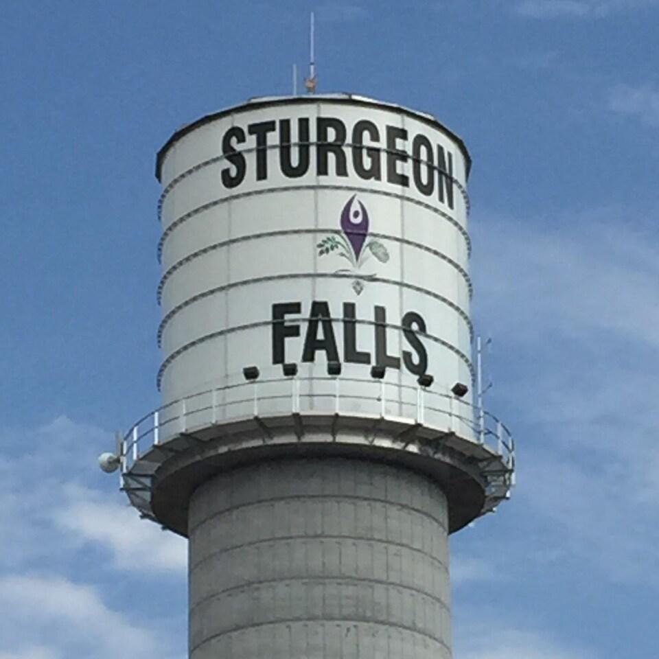 Le château d'eau de Sturgeon Falls, dans Nipissing Ouest