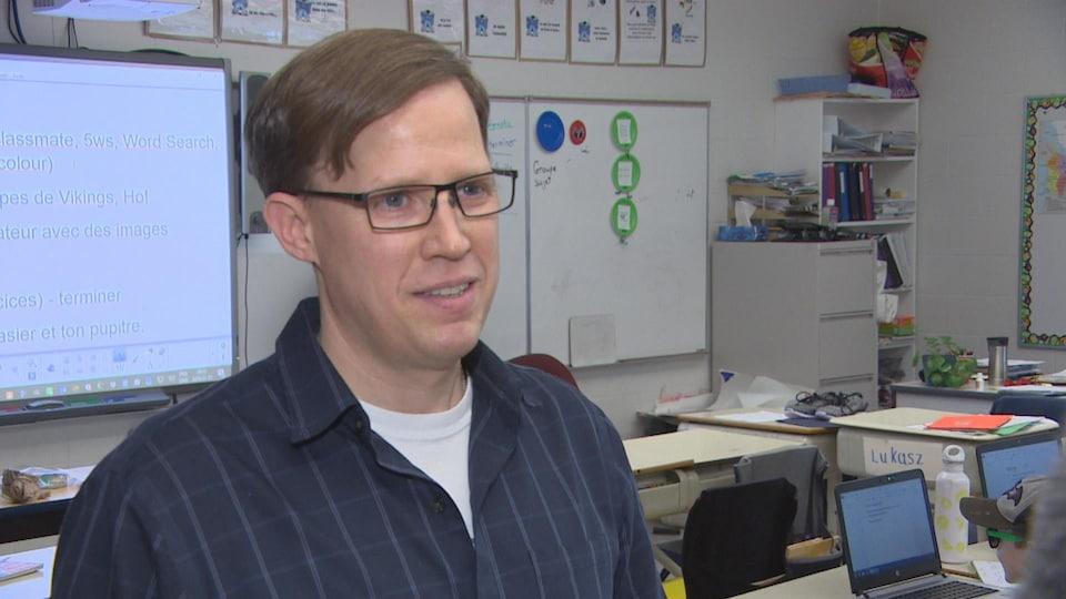 Christian Palud, enseignant à l'école Taché.