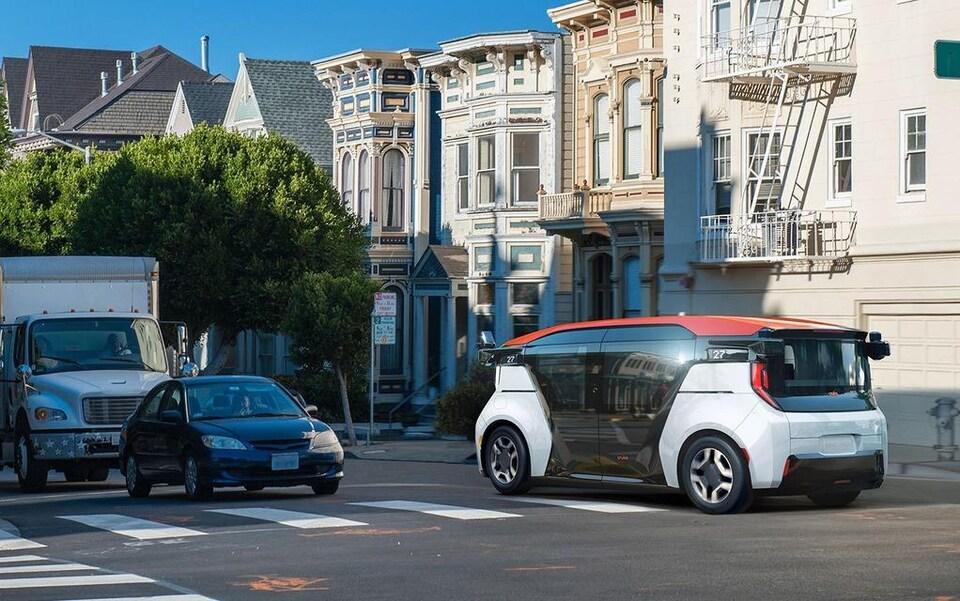 Photo concept de la voiture Cruise Origin dans les rues de San Francisco.