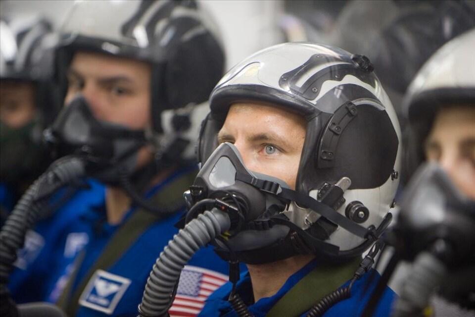 David Saint-Jacques lors d'une formation de survie en mer sur une base aéronavale à Pensacola en Floride