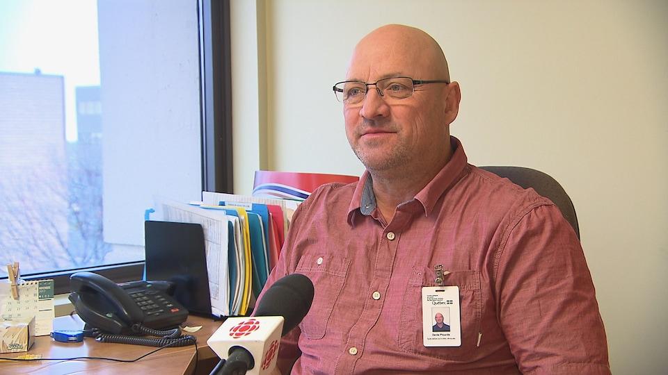 Denis Plourde, spécialiste en activité clinique du Centre de réadaptation en dépendance l'Estran