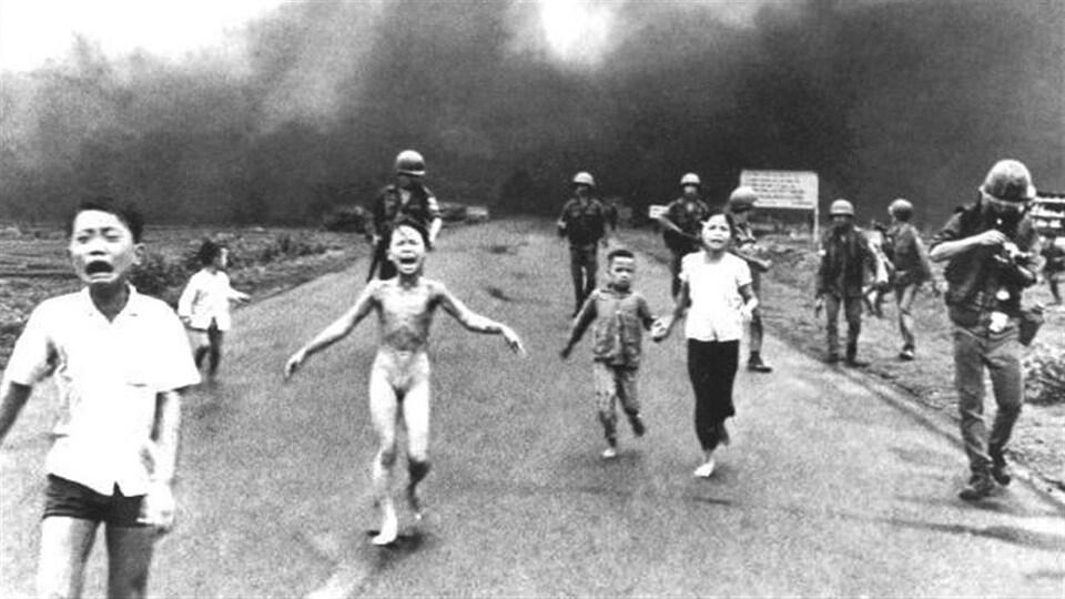 Kim Phuc, «La petite fille au napalm» (Vietnam 1972)
