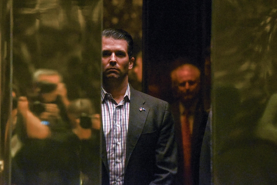 Donald Trump Jr. dans un ascenseur
