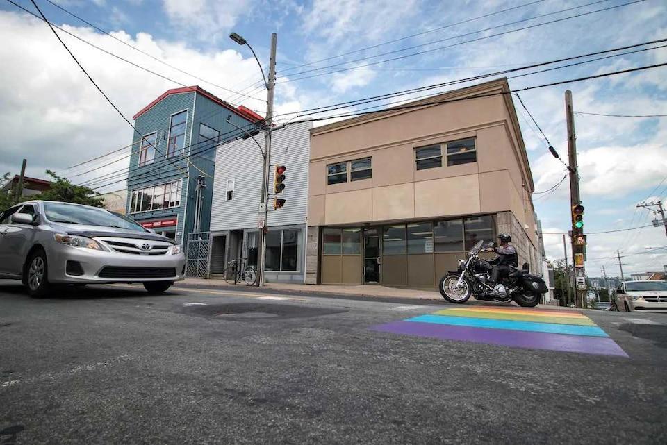 Angle de deux rues dans le quartier nord d'Halifax.