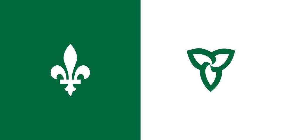 Drapeau franco-ontarien, avec fleur de lys blanc sur un fond vert à gauche et une fleur de trille verte sur un fond blanc à droite.