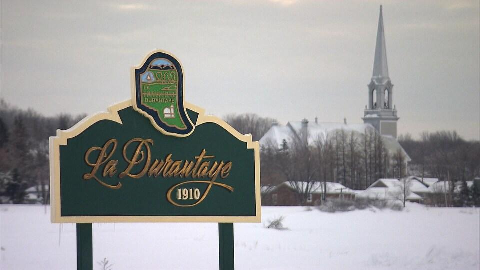 Affiche du village de La Durantaye.