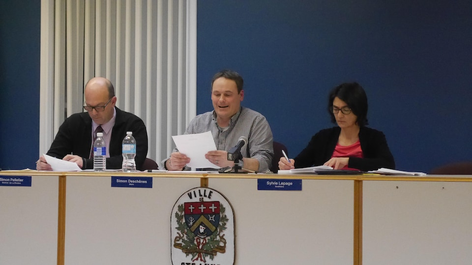 Le maire de Sainte-Anne-des-Monts, Simon Deschênes