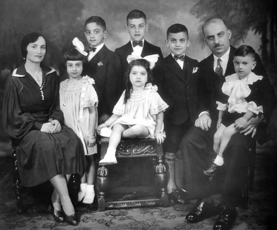 Portrait en noir et blanc de la famille d'Edouard Alepin