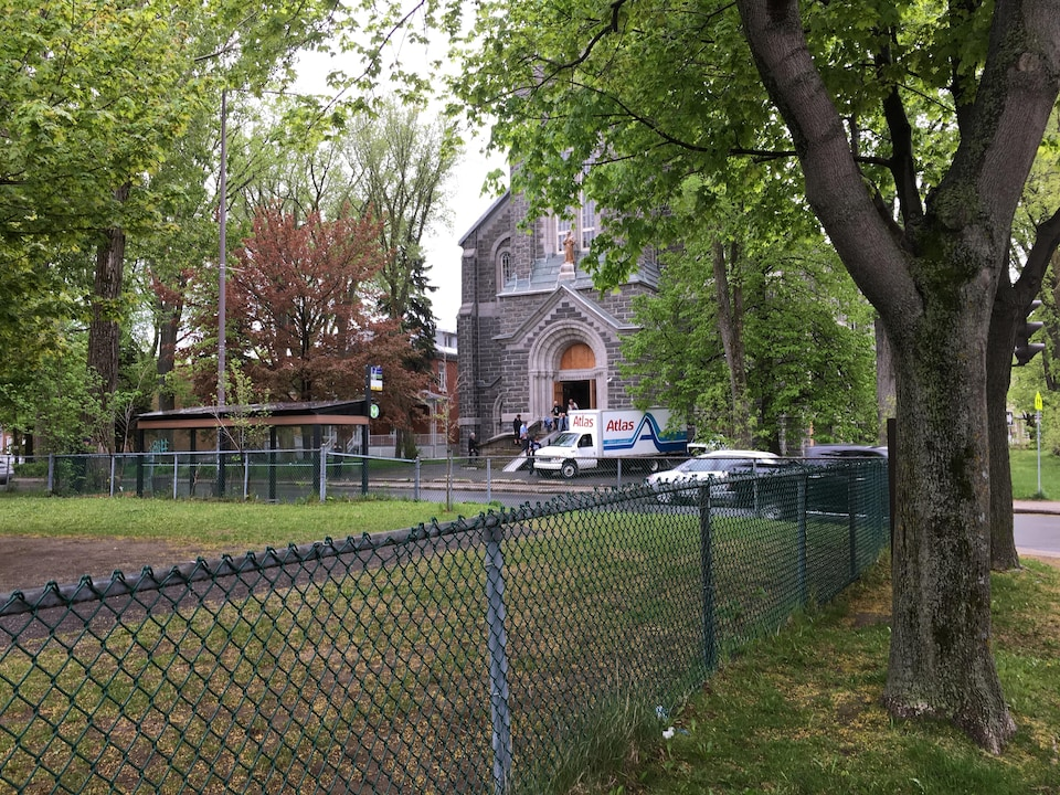 L'orgue Casavant quitte l'église Saint-François-d'Assise