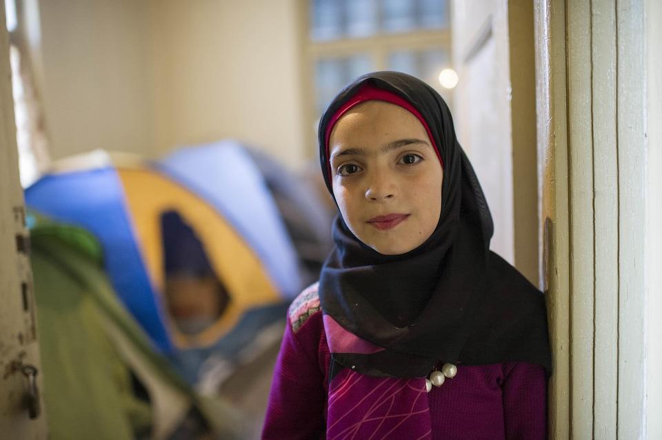 Une fillette migrante.